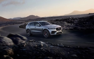 JAGUAR F PACE SVR: sportauto in SUV-verpakking