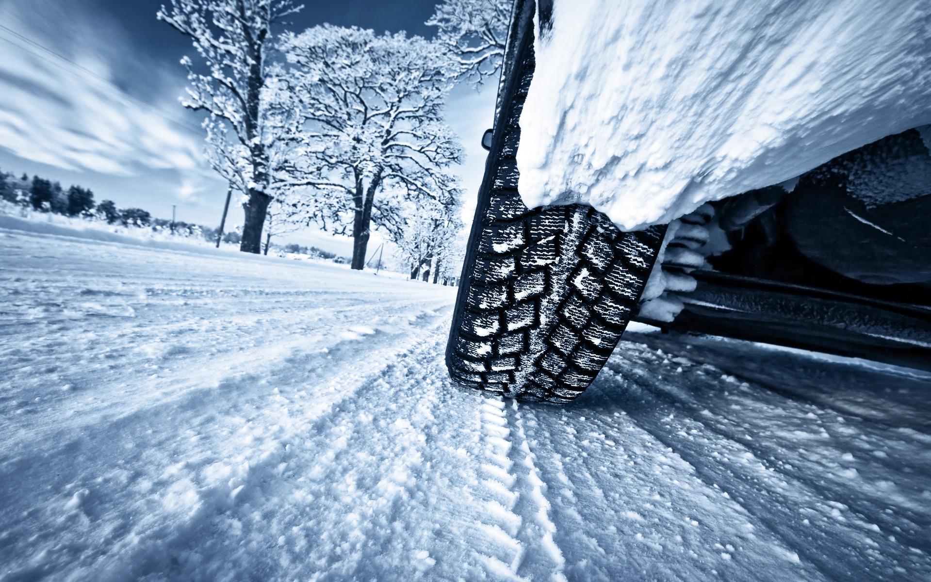 Op wintersport? Check regels voor winterbanden en sneeuwkettingen in Europa